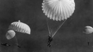 parachute ww2